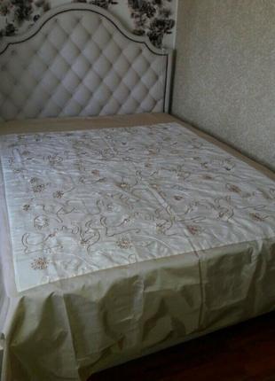 Покрывало двухспальное атласное размер 240×220