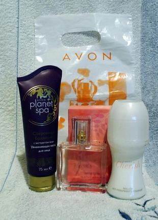 Набор: парфумированная вода 30 мл, дезодарант 50 мл cherish avon и маска д/лица 75 мл