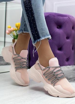 Светло-розовые женские кроссовки с супермодной шнуровкой