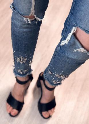 Скини джинсы с бусинками  размер с м