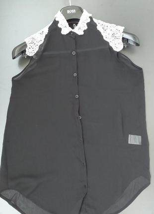 Шифоновая блуза с кружевным белым воротничком р.м