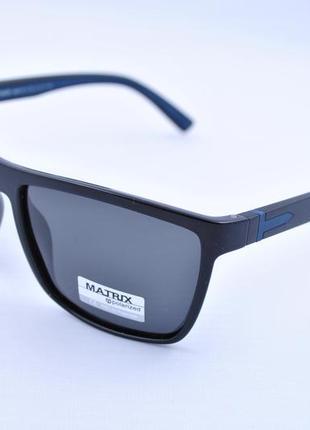 Фирменные солнцезащитные классические очки matrix polarized wayfarer mt8406
