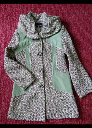 Легкое весеннее пальто, с-м