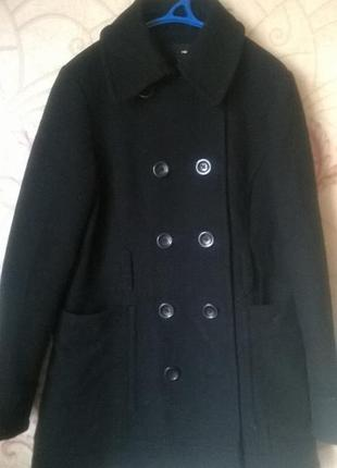 Двубортное пальто фирмы h&m