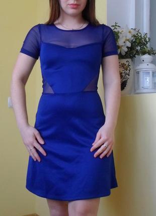 Платье с вставками из сетки