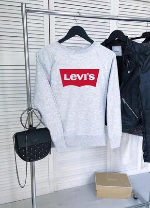 Серый свитшот с надписью levis