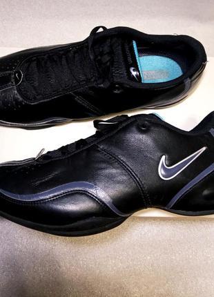 Кроссовки nike uk 6 черные кожаные