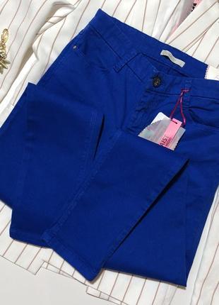 Новые джинсы джинси италия stradivarius