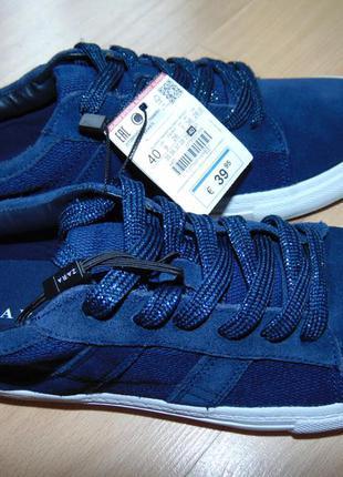 Новые замшевые кроссовки zara