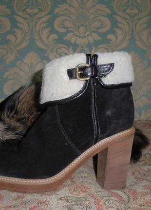Брендовые стильные ботинки.
