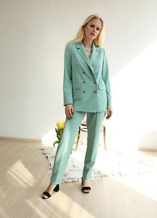Стильний жіночий костюм брюки та жакет на підкладі! костюмна тканина колір тіффані