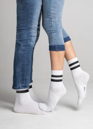 Стильные носки legs