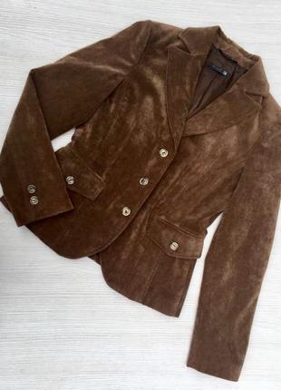 Шикарный бархатный пиджак made in italy
