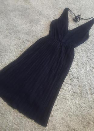 Оригинал.фирменное,красивое,стильное платье miss selfridge