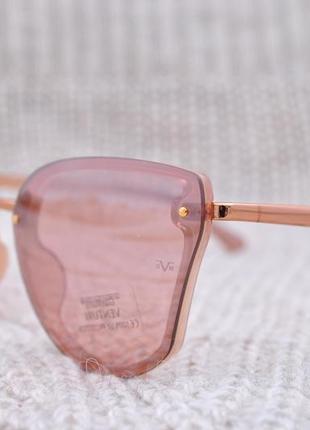 Красивые солнцезащитные очки gian marco venturi gmv543 окуляри