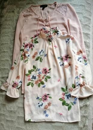 Блуза розовая пудровая в цветы шифоновая на шнуровке