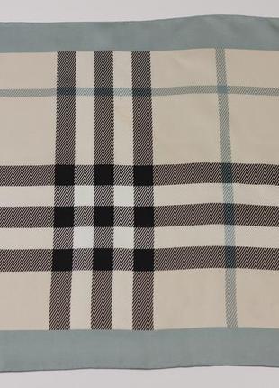 Шёлковый платок в стиле burberry