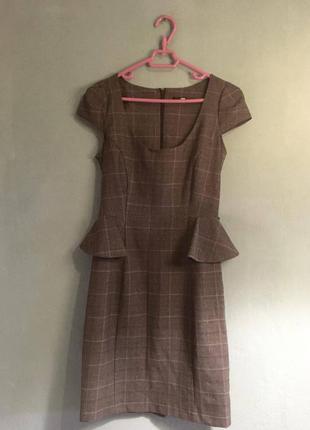 Кокетливое платье jane norman