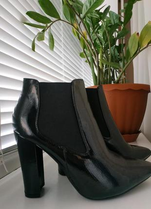 Ботинки ботильены f&f