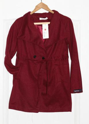 Шикарное, полу-пальто, новое с биркой