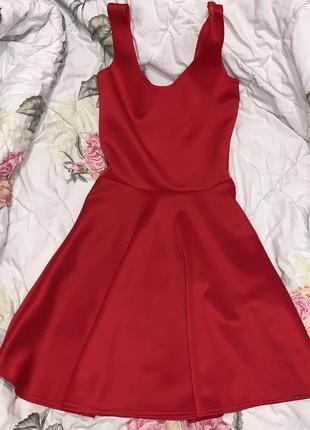 Платье красное размер xs-s