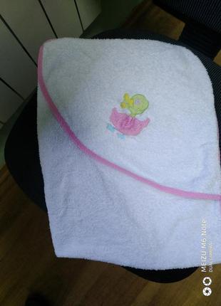 Махровое полотенце уголок.
