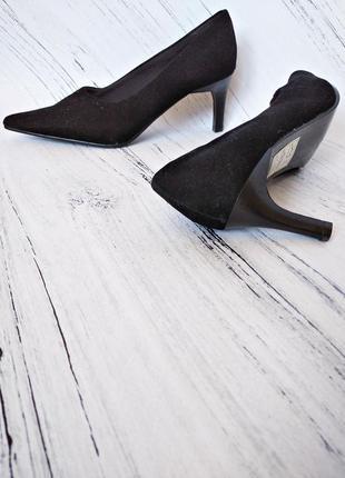 🔥ликвидация товара🔥идеальные черные туфли под велюр от fiore size 3