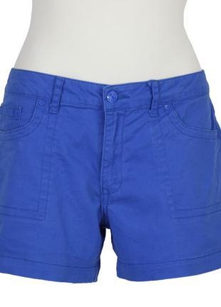 Короткие синие шорты