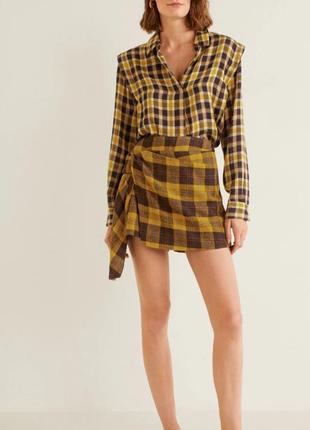 Шорты-юбка в клетку, очень красивые и стильная mango