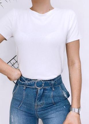 Стильна однотонна футболка2 фото