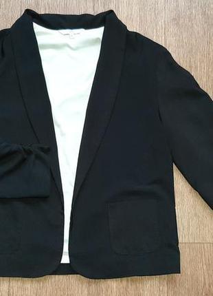 Пиджак стильный без застежки под шёлк