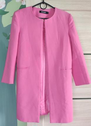 Фирменный, яркий кардиган розового цвета