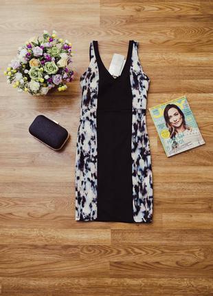 Маленькое черное платье без рукавов с вставками bershka xs(24)