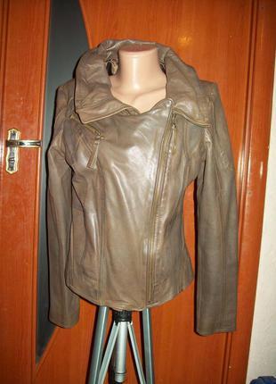 Моднейшая куртка-косуха 100%натуральная кожа идеальное состояние