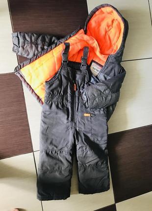 Зимний комбинезон и куртка carter's.