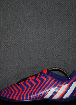 Футзалки adidas preditо 38 р