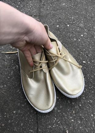 Мокасины/кроссовки/кеды/балетки/ботинки