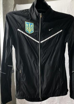 Женская ветровка nike сборной команды украины
