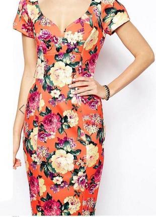 Распродажа! цветочное платье-футляр asos с вырезом сердечком