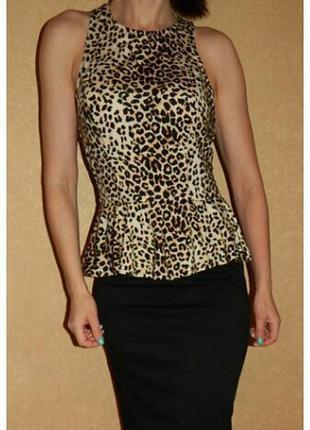 Стильная леопардовая майка с баской размер с