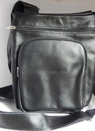 Небольшая сумочка через плечо
