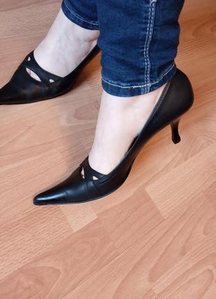 Италия,шикарные,богатые, классические,кожаные туфли, туфельки, лоферы,лодочки