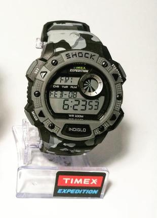 Протиударний годинник timex expedition