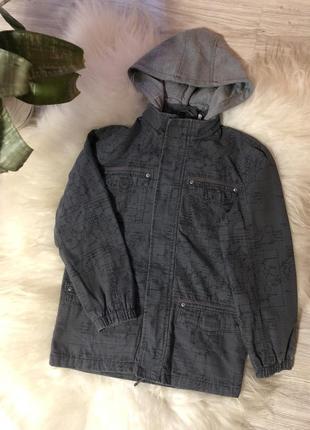 Курточка з надписами