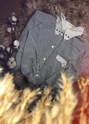 Рубашка в полоску с ажурным воротником