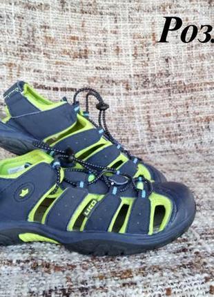 Детскиее спортивные сандали