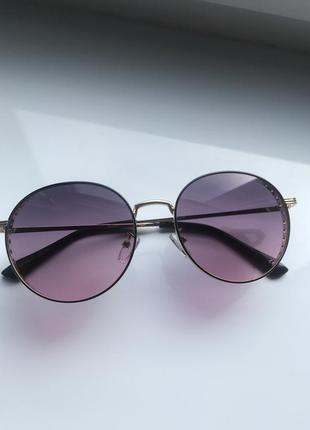 Женские солнцезащитные очки раунды