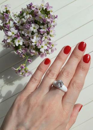 Шикарное керамическое кольцо, колечко с камнем, размер 16