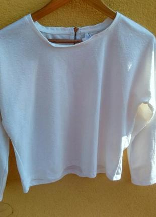 Білий светр, бренду de facto, розмір l  з візерунками