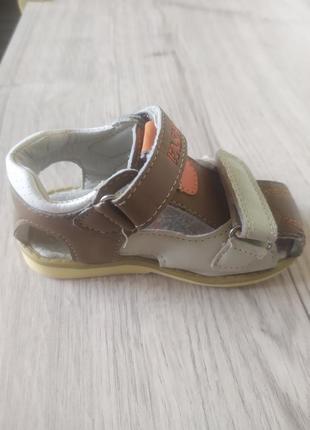 Летние сандалии 21р.